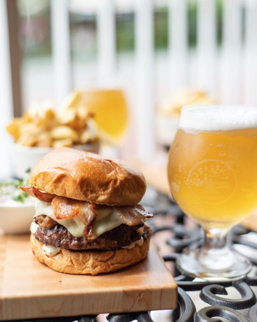 Barrique Burger, White Rock