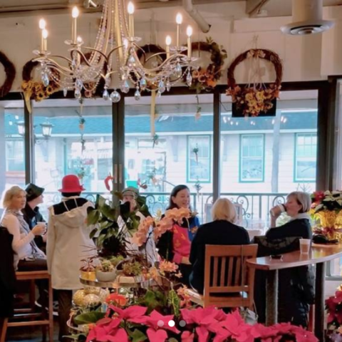 Eat drink cafes coffee shops bakeries explore white rock choco flowers mightylinksfo